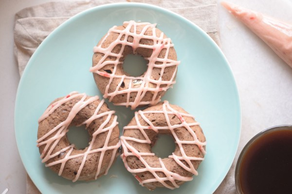A fun and decedent breakfast recipe. Chocolate Berry Donuts recipe by remodelaholic.com