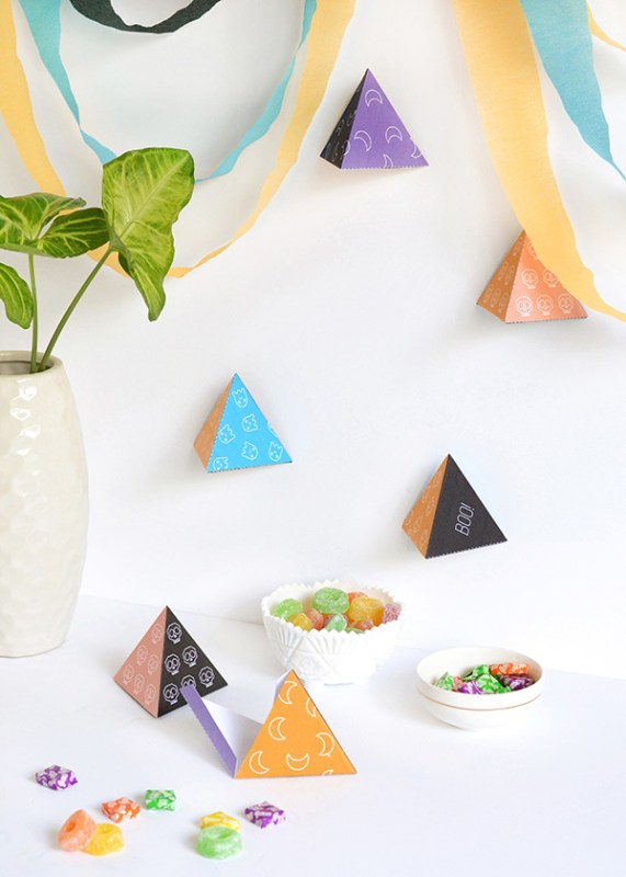 Halloween Pyramid Decorations Make And Tell