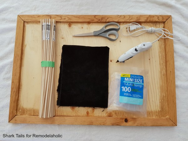 DIY Letter Board by Sharktails