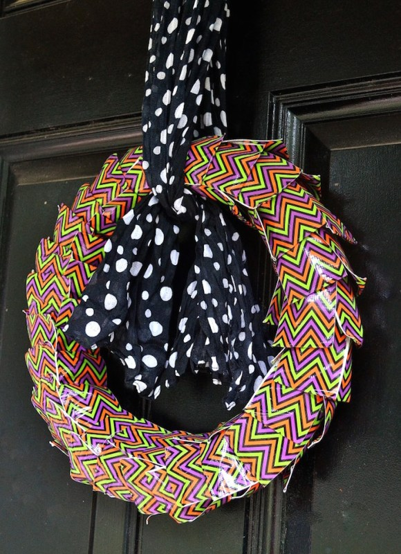 Halloween Wreath out of Duct tape
