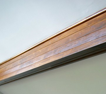 Easy Way To Stain Wood Beams @Remodelaholic Feat
