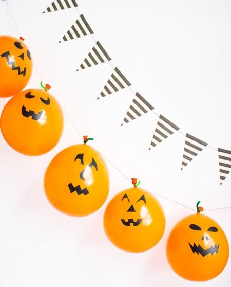 Halloween Balloon Garland 1