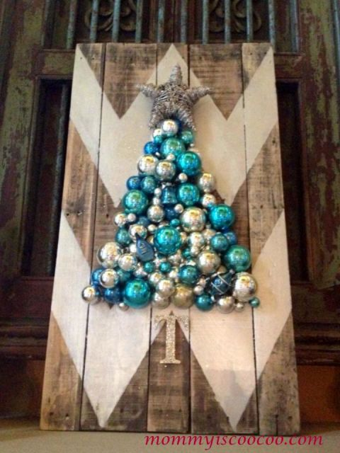 1448474295 1448301021 Chevron Pallet Christmas Tree Home Talk