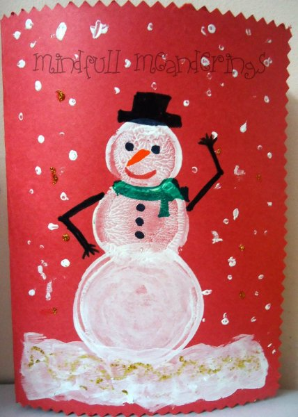 Send some handmade sentiments to your family and friends this Christmas season. Use one of these 11 Easy DIY Christmas Cards featured on Remodelaholic.com