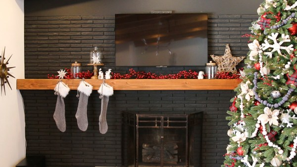 Christmas Mantel With Pier1 Remodelaholic 4 Of 6