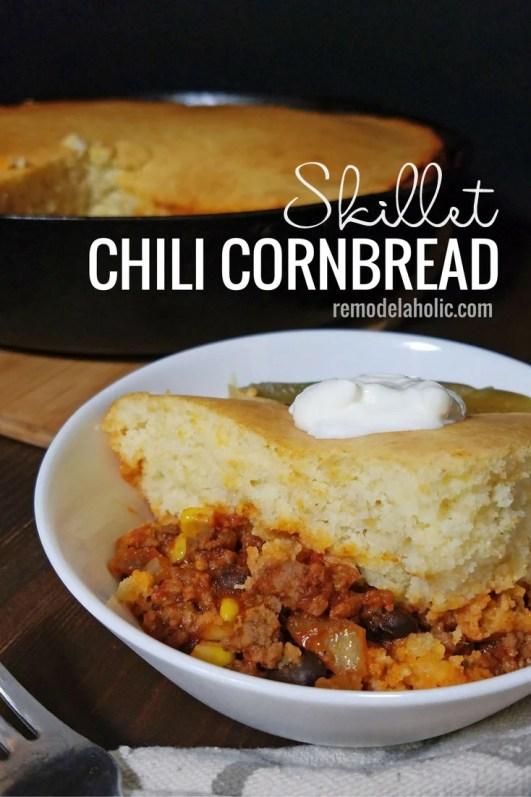 A quick and yummy dinner idea, skillet chili cornbread via remodelaholic.com