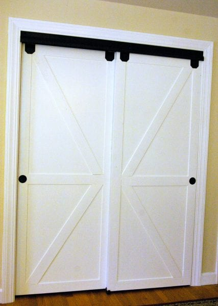 Diy Faux Barn Doors On A Sliding Bypass Closet Door 02 Featured On @Remodelaholic Edit