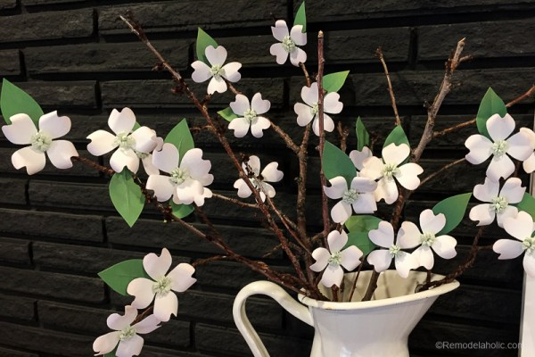 Paper Dogwood Flowers Tutorial And Free Printable @remodelaholic 5
