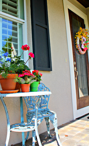 Easy Spring Flower Front Porch Update