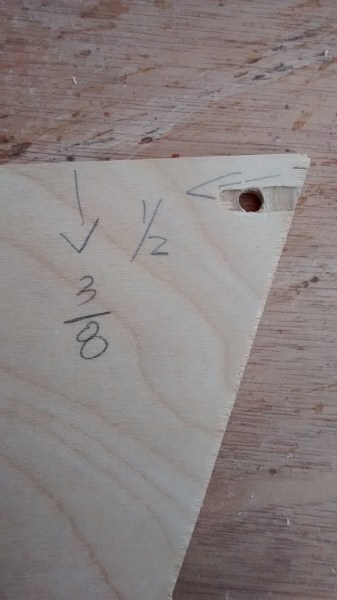 Remodelaholic Plywood Pennant Project (8)