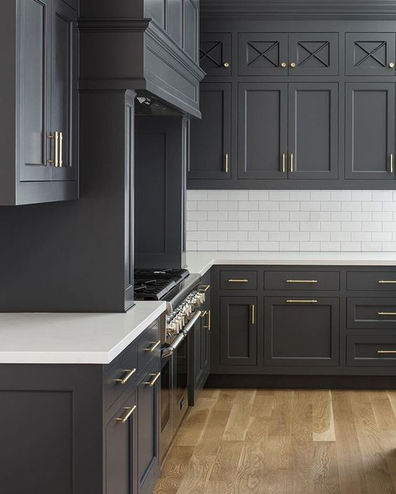 Cabinet Color Is Benjamin Moore Cheating Heart