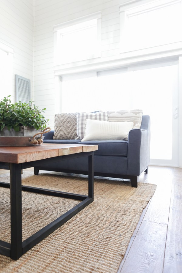 DIY Reclaimed Wood Coffee Table 17 This Mamas Dance