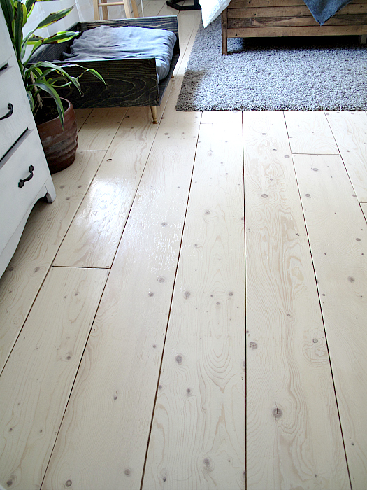 Remodelaholic diy plywood flooring pros and cons tips sharktails diy plywood plank flooring solutioingenieria Choice Image