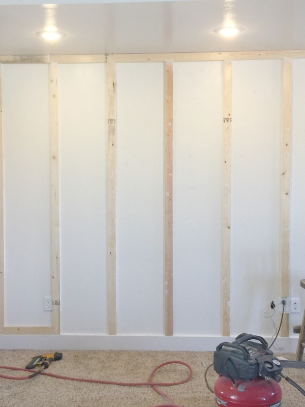 Remodelaholic How To Diy Floor To Ceiling Board And Batten