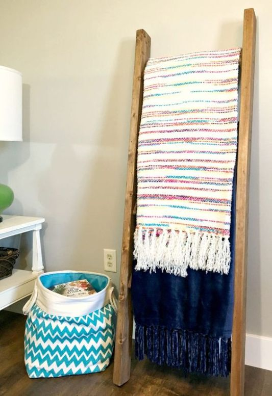 2x4 Wood Project, blanket ladder by A Turtle's Life For Me