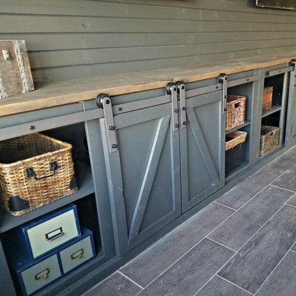 How To Build A Sliding Barn Door Console For Your Man Cave 24