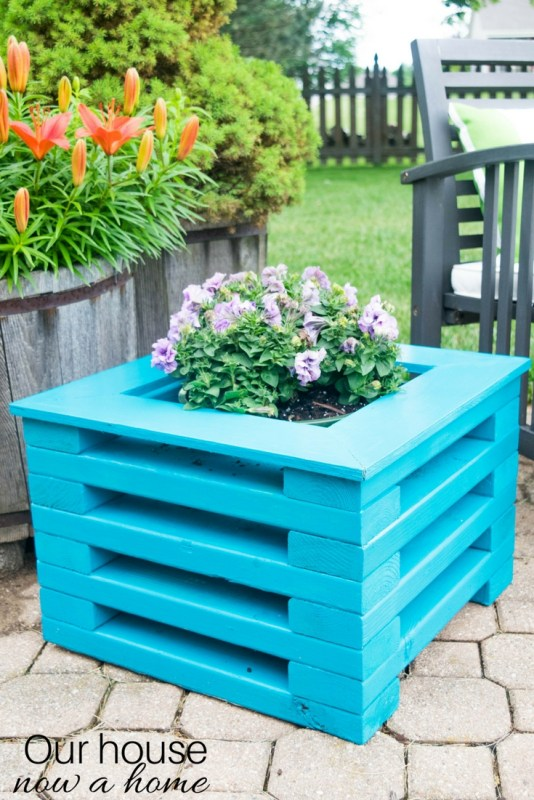 Remodelaholic|50 Fun Outdoor 2x4 Projects to DIY This Summer