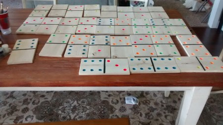Remodelaholic Yard Dominoes (29)