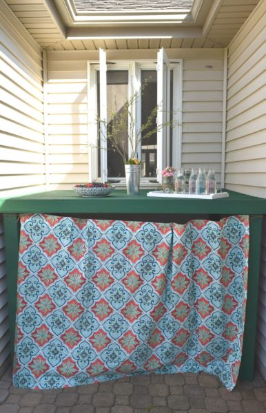 Outdoor Eating Area 768x1195