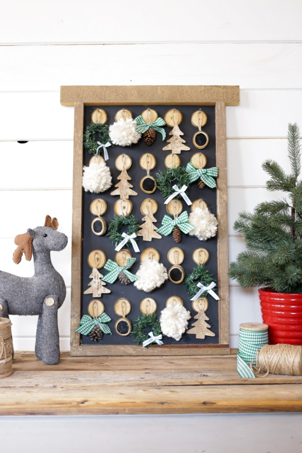 DIY Christmas Advent Calendar | This Mamas Dance For Remodelaholic 1