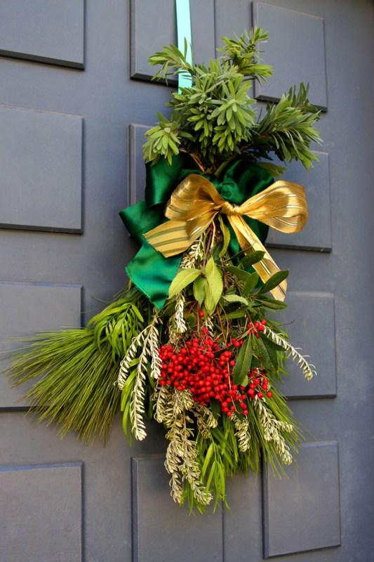 DIY Christmas Swag Apieceofrainbowblog Tutorial (19)