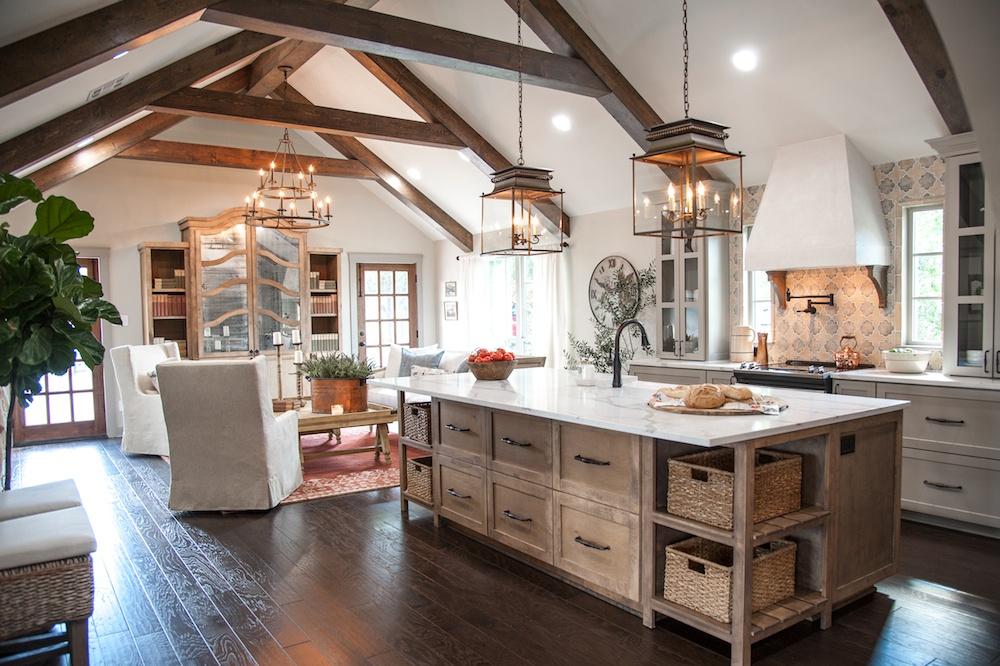 Fixer Upper renovation Hot Sauce house kitchen and family room. #fixerupper #frenchcountry #joannagaines