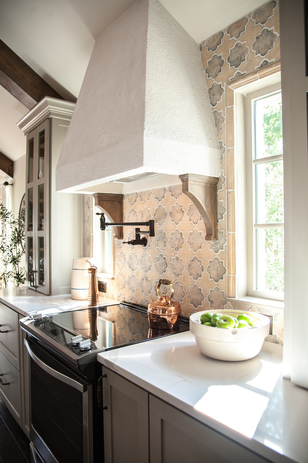 Remodelaholic Get This Look Fixer Upper Hot Sauce House