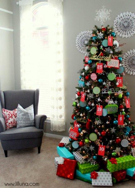 Interactive Advent Christmas Tree