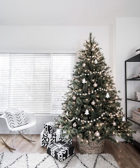 Minimal Scandinavian Christmas Tree Lit 9