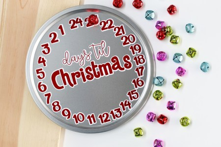Days Til Christmas Countdown Vinyl Craft Project 2