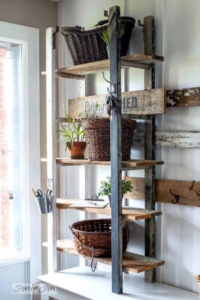 2017 Ladder Shelf In Entry 6446
