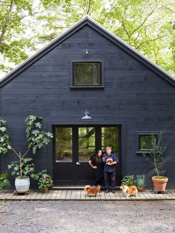 Curb Appeal for a Dark Home Exterior Color Scheme and Decorating