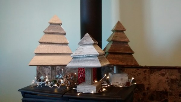 Krista Fuhriman Remodelaholic 3d Christmas Trees Photos By Fireplace (5)