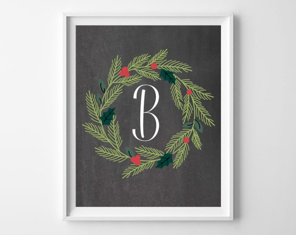 Add easy and inexpensive holiday decor to your walls with this full alphabet set of free printable Christmas wreath monograms, plus 2 bonus JOY printables.