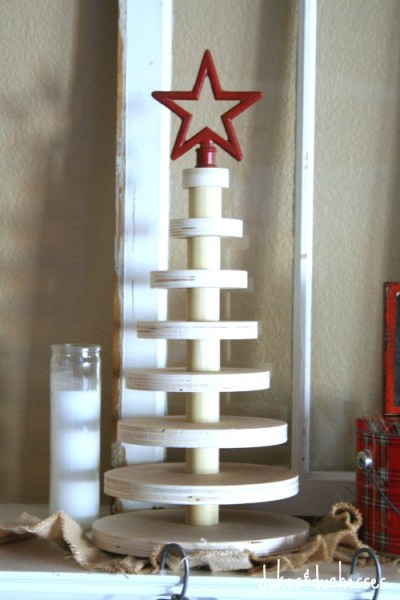 Rustic Stacked Wood Slice Christmas Tree