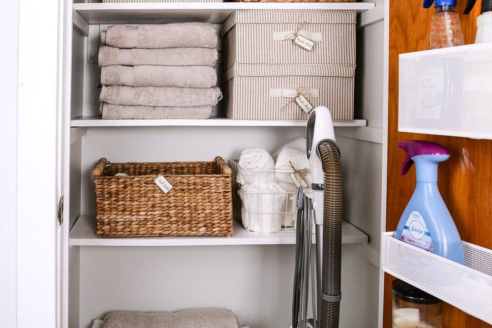 remodelaholic | organized linen closet makeover