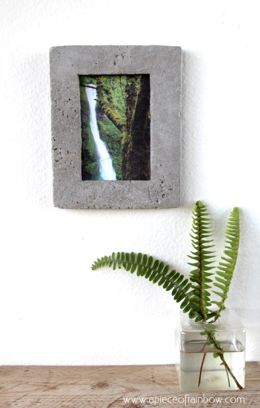 Diy Gift Idea, DIY Concrete Picture Frame And Printable Wall Art @Remodelaholic