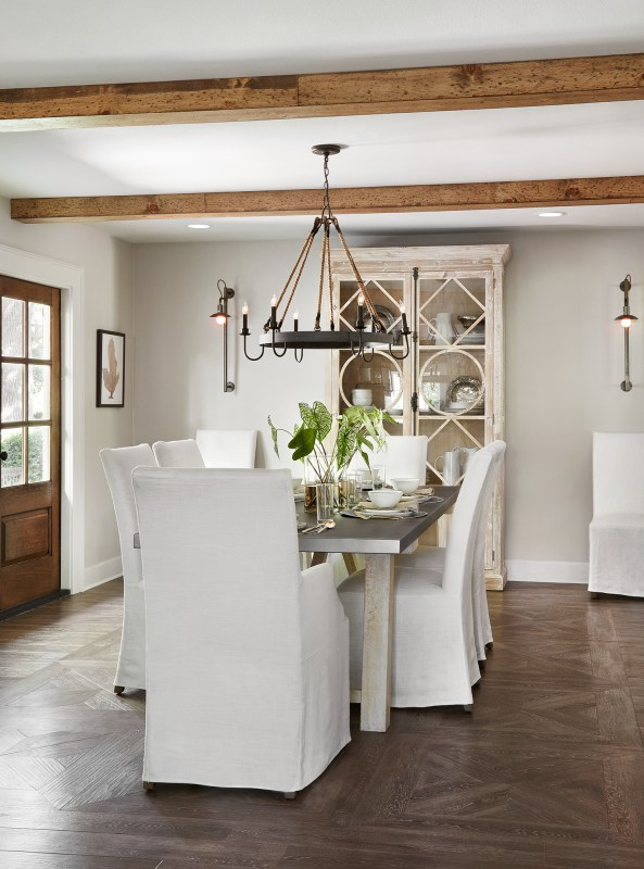 Get This Look: Tips for decorating a farmhouse dinign room, Fixer Upper Ivy House Dining Room