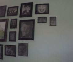 Remodelaholic Gallery Wall Simplified (42)