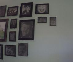 Remodelaholic Gallery Wall Simplified (42)