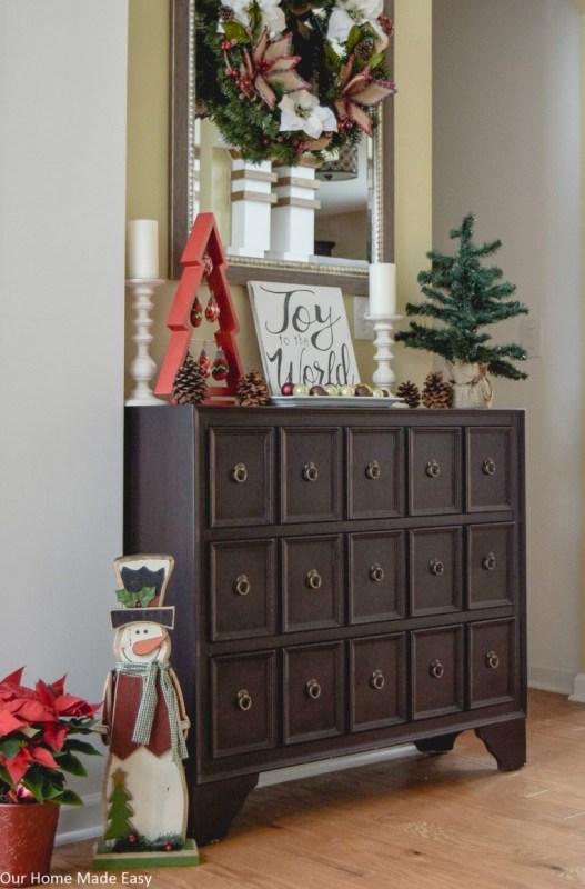Christmas Foyer 2 768x1165