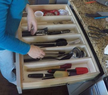 Remodelaholic Removable Large Utensil Drawer Organizer Step 5