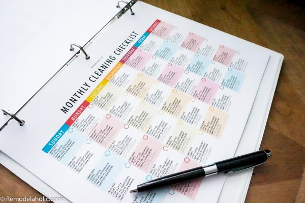 DIY Cleaning Binder Printable Set, Spring Cleaning Checklist, And Kids Chore Chart @Remodelaholic Monthly Cleaning Checklist Printable Calendar