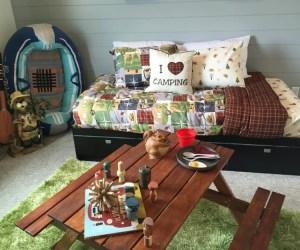 Remodelaholic Kids Camping Bedroom 1