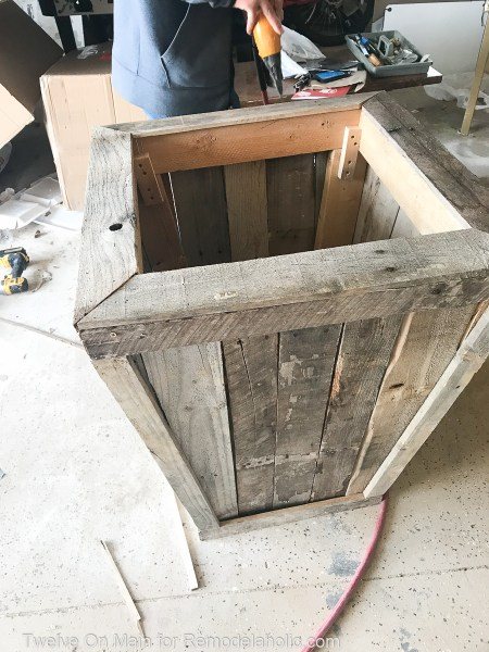 Diy Large Pallet Planter Sara Syrett (17 Of 21)