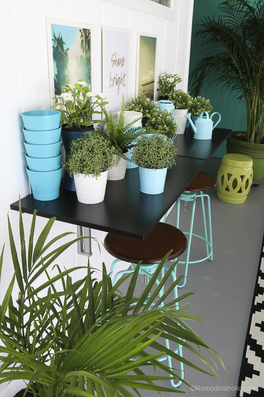 Outdoor Dining Room With IKEA Furniture @Remodelaholic 11