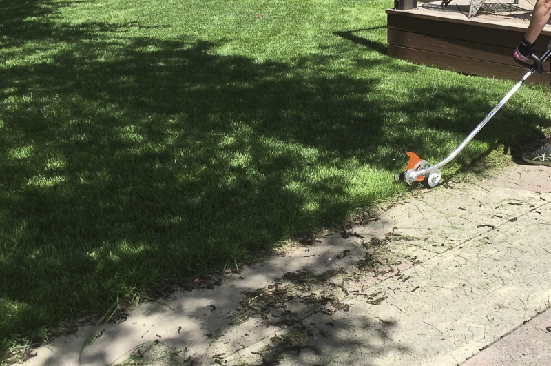 Tips For Trimming And Edging Your Lawn Like A Pro With Stihl @Remodelaholic 30