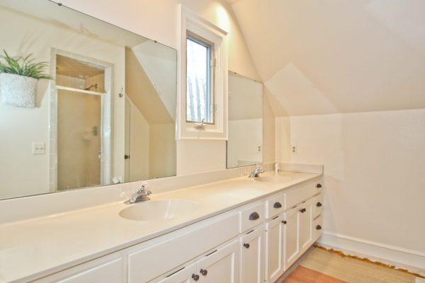 Postbox Designs: My $950 Budget Bathroom Makeover