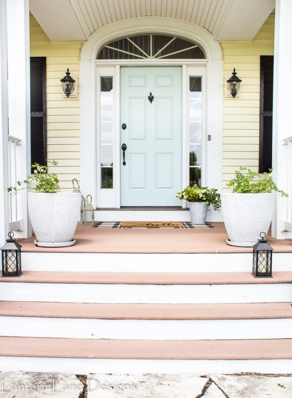 Front Porch Decorating, Lantern Lane Designs