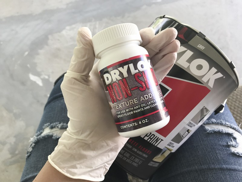 Painting A Patio With UGL Epoxy Floor Paint @Remodelaholic 22
